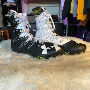 Under Armour Highlight Football Cleats - Size 11.5